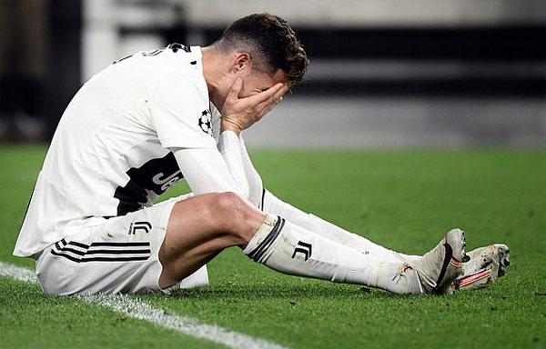 Áp lực chứng tỏ bản thân cùng việc đương đầu với thị phi, thù ghét khiến cuộc sống của C. Ronaldo không