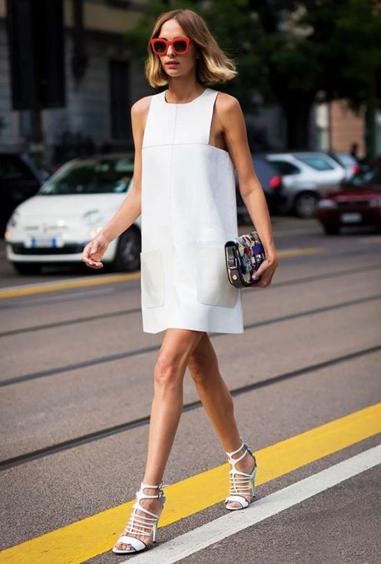 Vải thô có nhược điểm dễ nhăn nhưng đổi lại, đây là chất liệu thông thoáng cao và luôn tạo cảm giác dễ chịu cho người mặc.