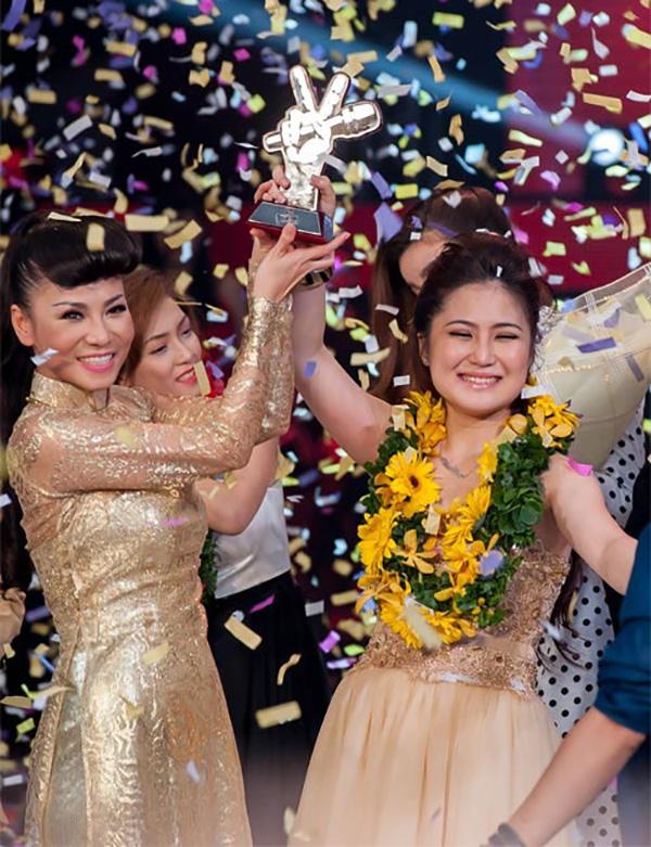Dưới sự dìu dắt của Thu Minh, ngôi vị quán quân Giọng hát Việt mùa đầu tiên thuộc về Hương Tràm. Kết quả này làm hài lòng cả giới chuyên môn lẫn khán giả đồng thời mở ra con đường thênh thang cho Hương Tràm bước vào showbiz.