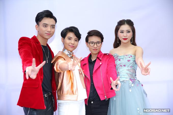 Năm 2017, Hương Tràm trở thành huấn luyện viên của cuộc thi Giọng hát Việt nhí. Cùng năm này, cô đạt thành công lớn với bản hit Em gái mưa. MV thu về hơn 100 triệu lượt xem trên Youtube,nổi bật khắp các bảng xếp hạng âm nhạc và giúp Hương Tràm nhận thêm một giải Cống hiến ở hạng mục MV của năm.
