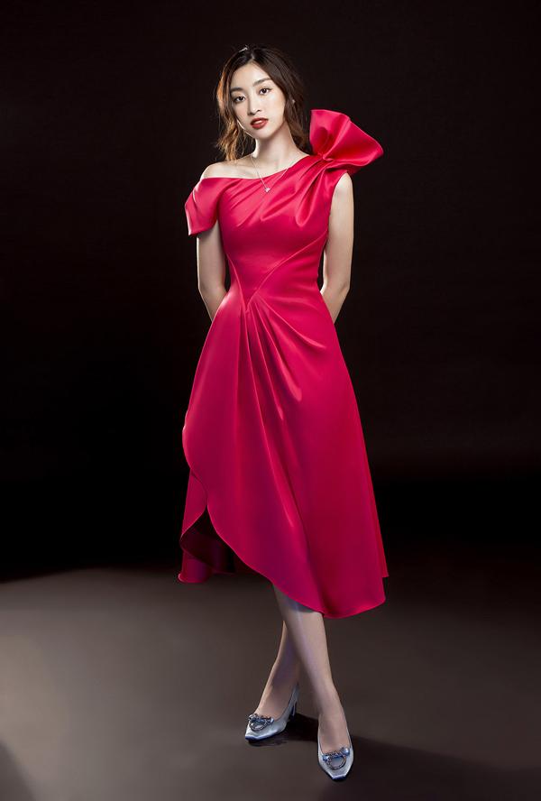 Đỗ Mỹ Linh gợi ý mặc đẹp cùng mốt váy cut-out - 5