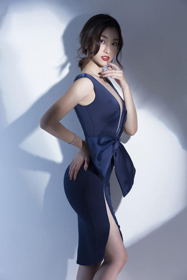 Đỗ Mỹ Linh gợi ý mặc đẹp cùng mốt váy cut-out - 9