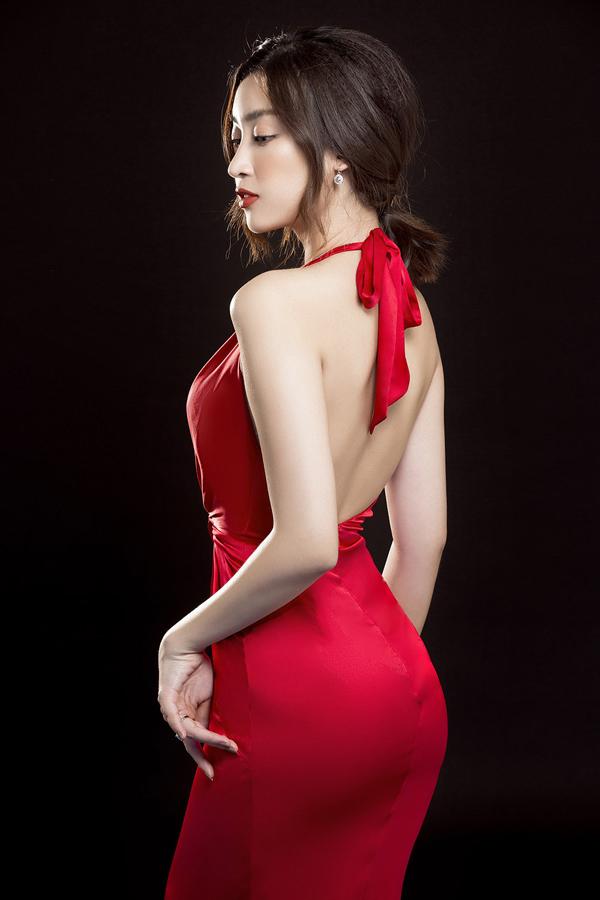 Đỗ Mỹ Linh gợi ý mặc đẹp cùng mốt váy cut-out - 10
