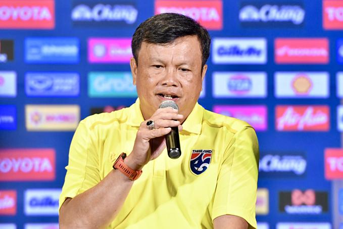HLV Siríak sẽ triệu tập các cầu thủ Thái Lan đang thi đấu ở Nhật Bản. Ảnh: Siamsport.