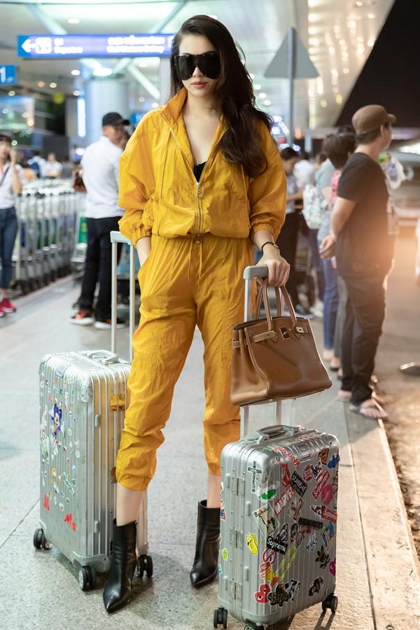 HHen Niê, Lệ Hằng sành điệu ra sân bay đi Australia - 3