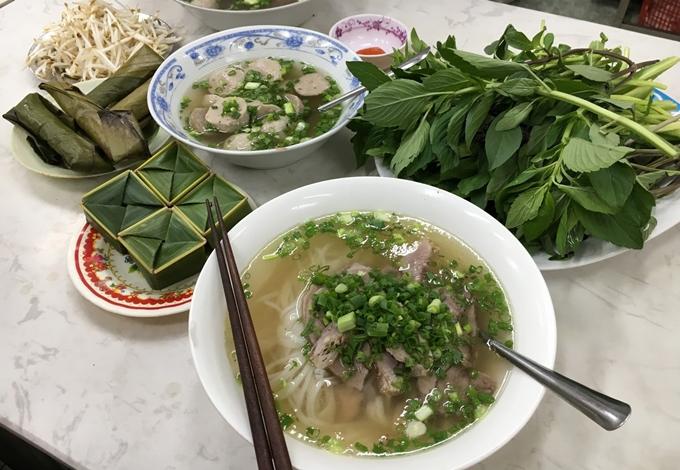 Địa chỉ cuối tuần: 4 quán ăn lâu đời có tiếng ở Sài Gòn - 1