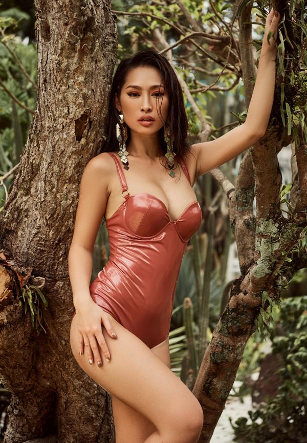 Bom sex Quỳnh Thy khoe body bốc lửa khi diện áo tắm - 3