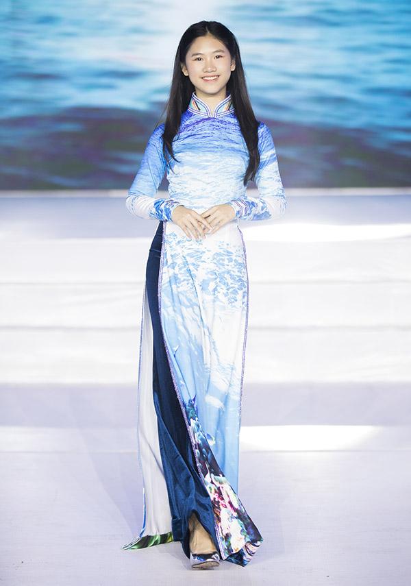 Con gái của Hoa hậu Doanh nhân Toàn năng châu Á cũng diễn trong chương trình này.