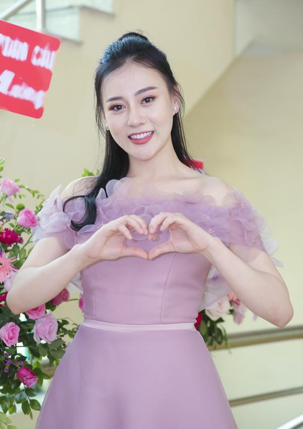 Phương Oanh mặc ton sur ton với chị Nguyệt thảo mai - 9
