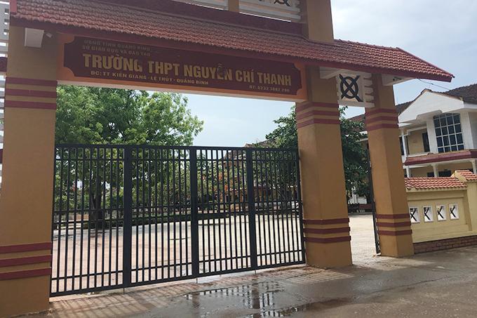 Trường THPT Nguyễn Chí Thanh, nơi nữ sinh lớp 10 theo học. Ảnh: Hà Thương
