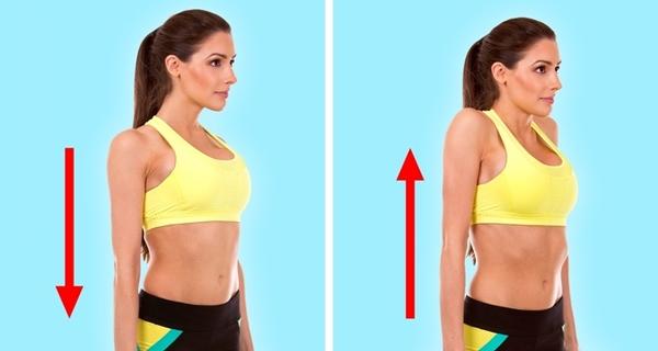 Đứng thẳng lưng, hai tay duỗi thẳng. Nâng vao lên cao để tăng cường lưu thông máu vùng cổ và vai. Lặp lại động tác 8 lần.