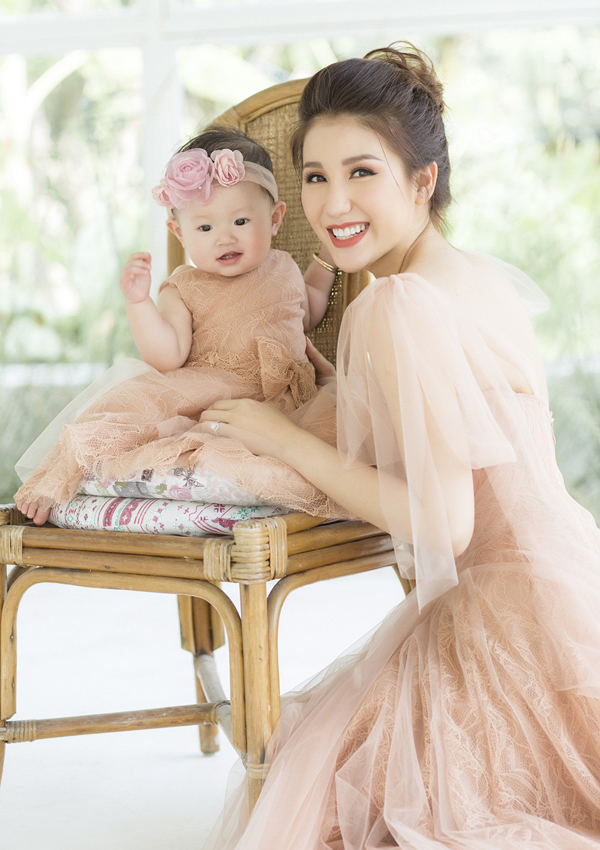 Sau đổ vỡ tình cảm, Bảo Như vẫn đi về lẻ bóng. Hiện tại cô toàn tâm toàn ý chăm sóc con gái, chưa nghĩ đến việc tìm kiềm tình yêu mới.