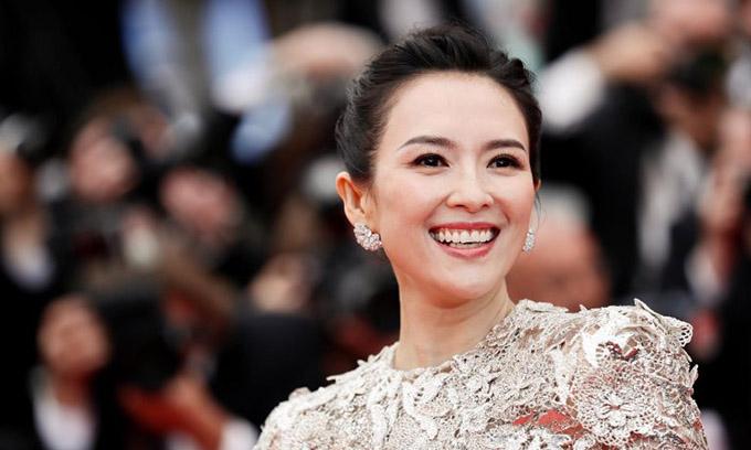 Chương Tử Di là minh tinh thứ hai của Trung Quốc được chào đón đặc biệt tại LHP năm nay, sau Củng Lợi.