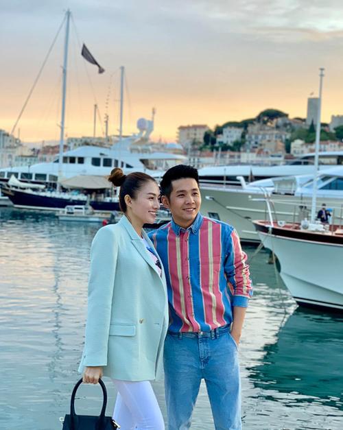 Cannes mùa này thời tiết quá đẹp. Ăn sáng trên những con phố đậm chất Pháp, đến tối thì ngắm hoàng hôn ở bến du thuyền. Lại tiếp tục có những thứ để mơ ước nữa rồi