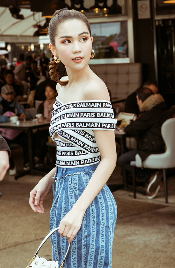 Ngọc Trinh tiết lộ cô đã sắm nhiều trang phục, phụ kiện hàng hiệu trong chuyến đi Pháp.