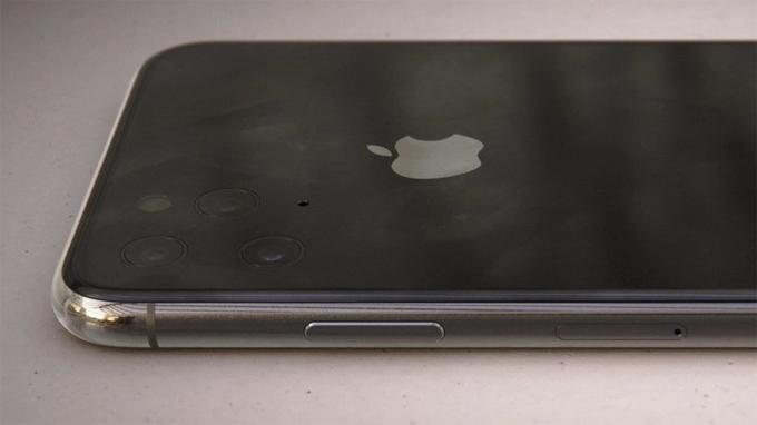 iPhone 11 với ba camera không lồi