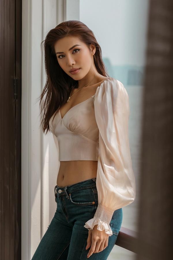 Năm 2018,  Minh Tú ghi dấu ấn trong nhiều vai trò khác nhau: huấn luyện viên Asia's Next Top Model mùa 6, giám khảo Hoa hậu Siêu quốc gia Việt Nam, giành danh hiệu Hoa hậu Siêu quốc gia châu Á. Tại Fashion Voyage 2, cô làm vedette cho bộ sưu tập Before Sunset của nhà thiết kế Hà Nhật Tiến.