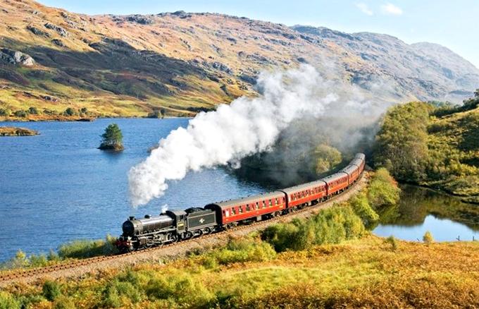 Chuyến tàu tới vùng quê Scotland dành cho fan của Harry Potter