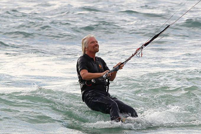 Tỷ phú Richard Branson tiết lộ 8 nguyên tắc để tìm thấy cả thành công lẫn hạnh phúc - 1