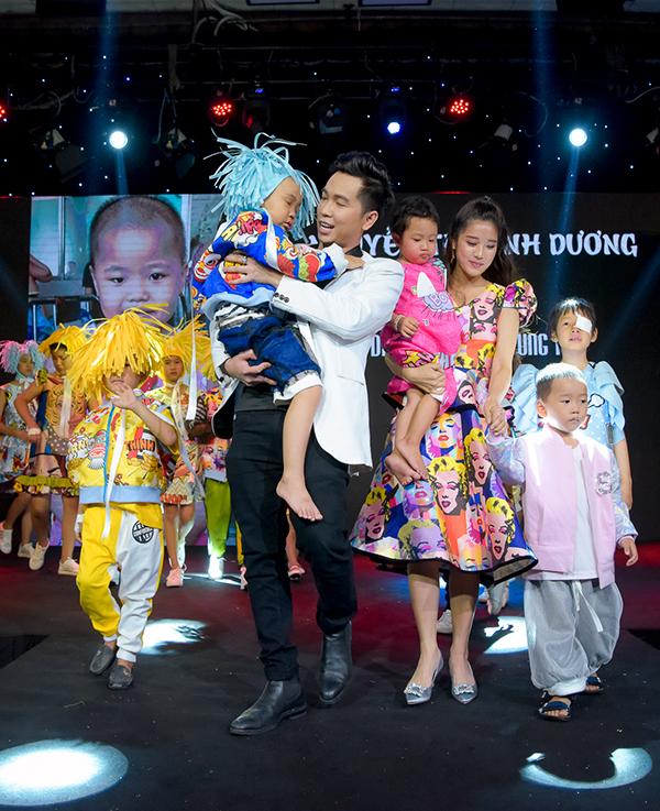 Trương Ngọc Ánh ủng hộ trẻ em ung thư diễn thời trang - 11