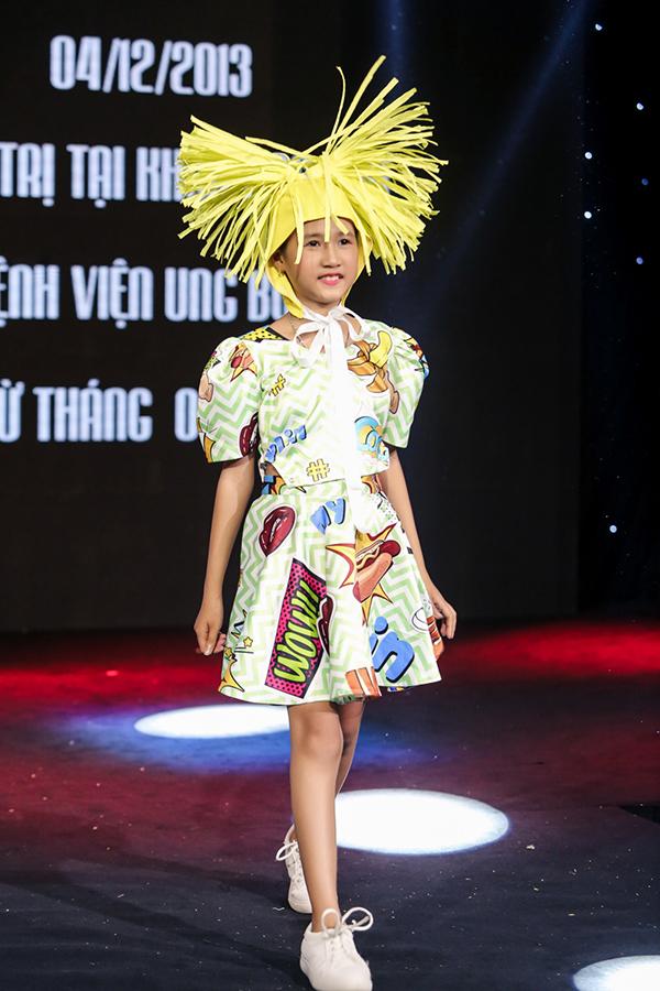 Trương Ngọc Ánh ủng hộ trẻ em ung thư diễn thời trang - 6
