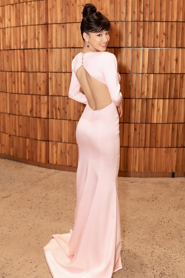 Nhã Phương đeo trang sức hơn 1,5 tỷ dự show Đỗ Long - 4