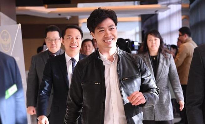 Công Phượng rạng rỡ ngày ra mắt Incheon. Ảnh: IU.