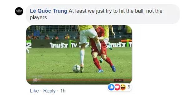 Báo châu Á: Fan Việt bức xúc với những pha phạm lỗi thô bạo của Thái Lan - 1