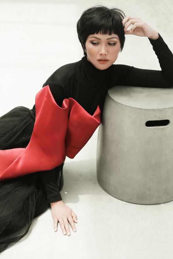 HHen Niê diện trang phục Phương My - 8