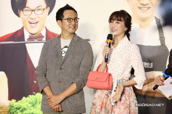 Đảm nhận vao trò dẫn dắt cùng MC Đại Nghĩa, Hari Won bị êkíp tố cáo ham ăn, thường xuyên