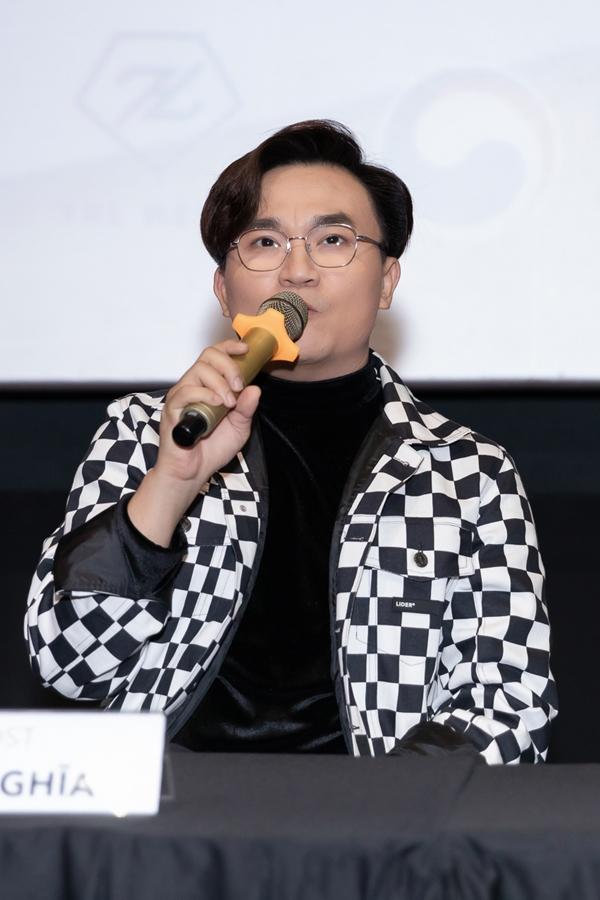 MC Đại Nghĩa ấn tượng với phong cách làm việc chuyên nghiệp của êkíp, đáp ứng các tiêu chí từ phía đối tác Hàn Quốc.