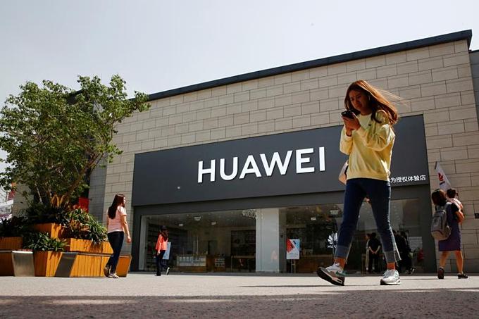 Cửa hàngHuawei tại Bắc Kinh, Trung Quốc. Ảnh:Reuters.