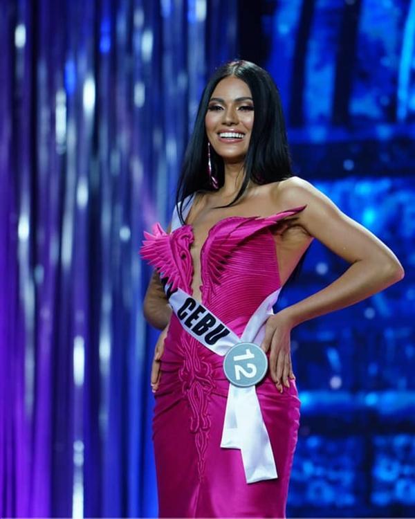 Tân hoa hậu 23 tuổi, cao 1,73m, là con lai Palestine - Philippines. Cô sở hữu vẻ đẹp cá tính, khả năng trình diễn tốt và giành thêm hai giải phụ: Người đẹp Ảnh, Trình diễndạ hội đẹp nhất.