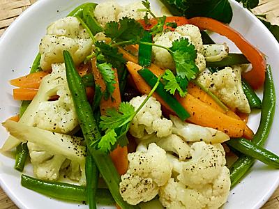 Bông cải xào ớt chuông bổ dưỡng - 3
