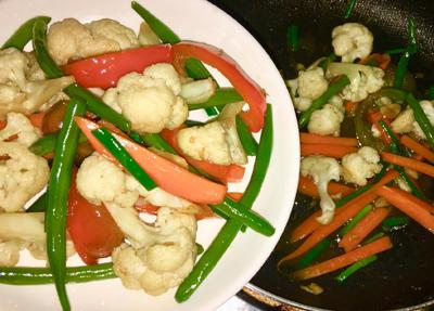 Bông cải xào ớt chuông bổ dưỡng - 2
