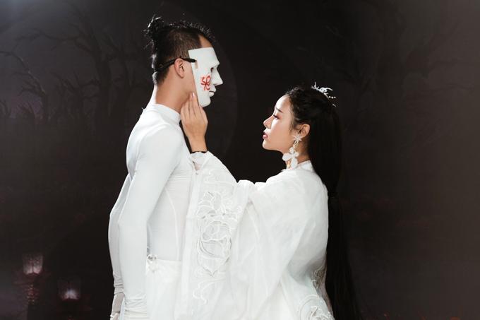 Tham gia MV Lỡ của Hoa Trần còn có diễn viên múa Bùi Thiện Chí với vai chiếc bóng.
