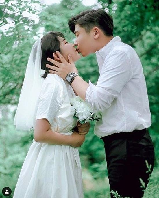 love 1 8320 1560241143 - Choi Hoon Hee lên tiếng về tin đồn đám cưới ở tuổi 16