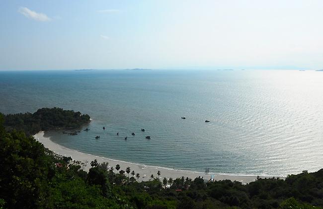 Nghỉ cuối tuần ở bãi biển cát nâu Mũi Nai - Hà Tiên - 1