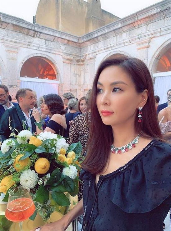 Bà xã Jang Dong Gun