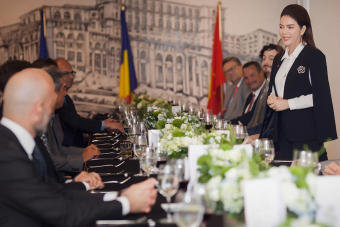 Lý Nhã Kỳ mở tiệc tiếp đoàn ngoại giao châu Âu - 4