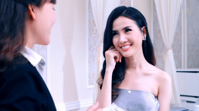 Để khôi phục vẻ tươi trẻ cho làn da, Phan Thị Mơ chọn phương pháp chăm sóc da chuyên sâu tại Diva Spa. Sau 5 buổi, làn da cô có những chuyển biến tích cực, sáng khỏe và đầy sức sống.