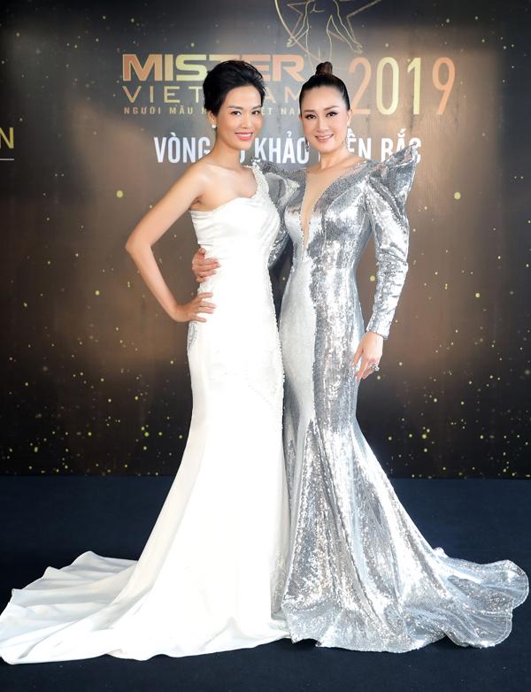 Hoa hậu Thu Thuỷ đọ sắc vóc bên Đàm Lưu Ly - 5