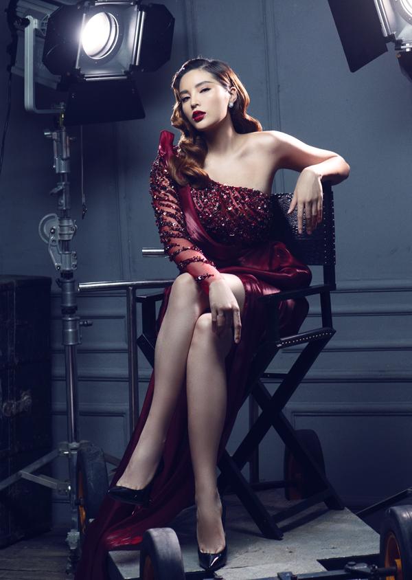 [Caption] Bộ ảnh được sự hỗ trợ của stylist Mạch Huy, nhiếp ảnh gia Milor Trần.