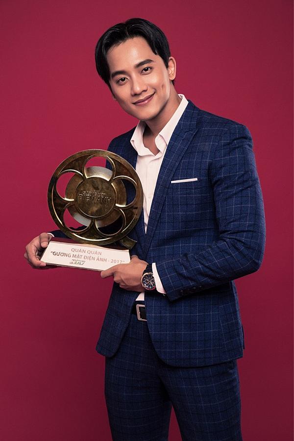 Sự nghiệp của Mai Tài Phến bắt đầu thay đổi với giải thưởng quán quân Gương mặt điện ảnh 2017. Anh được đánh giá có khả năng diễn xuất tốt, gương mặt nam tính, cuốn hút.