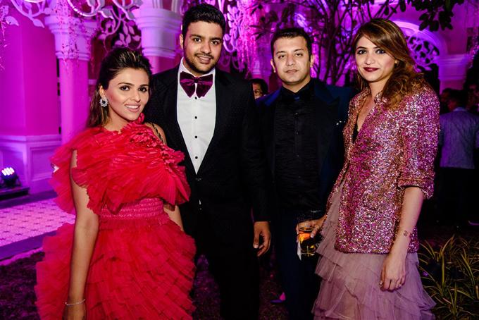 Những khách mời của uyên ương đều là người nổi tiếng, thuộc tầng lớp có thu nhập cao tại Ấn Độ.