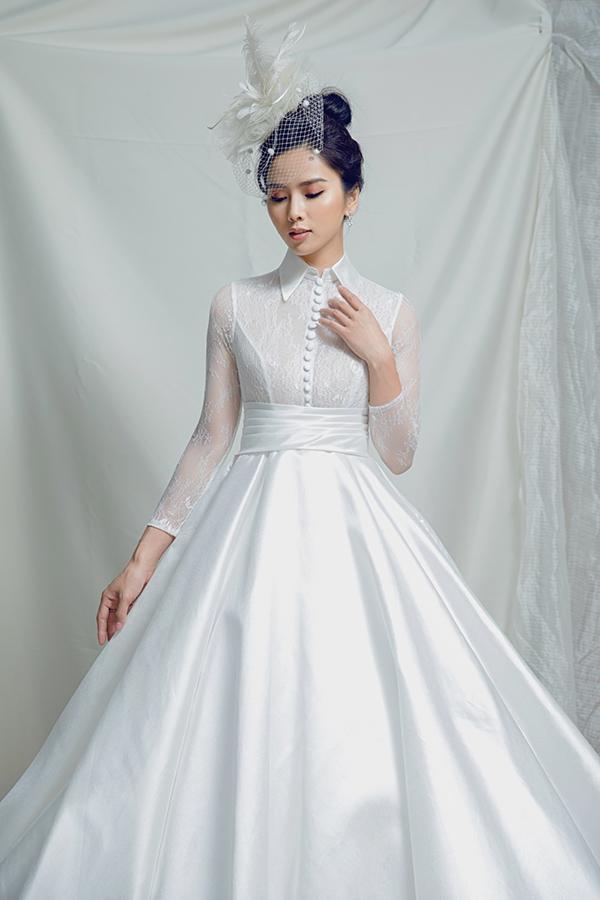 Quyết định phát triển sự nghiệp theo hướng trở thành đả nữ mới của màn ảnh Việt nhưng Bella Mai vẫn trung thành với gu thời trang thanh lịch, kín đáo.