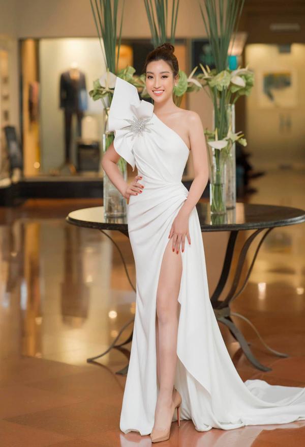 8 mỹ nhân Việt mặc đẹp nhất tuần - 1