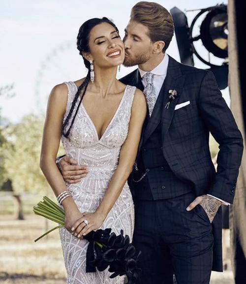 Cặp sao Tây Ban Nha trong đám cưới đình đám hôm 15/6.