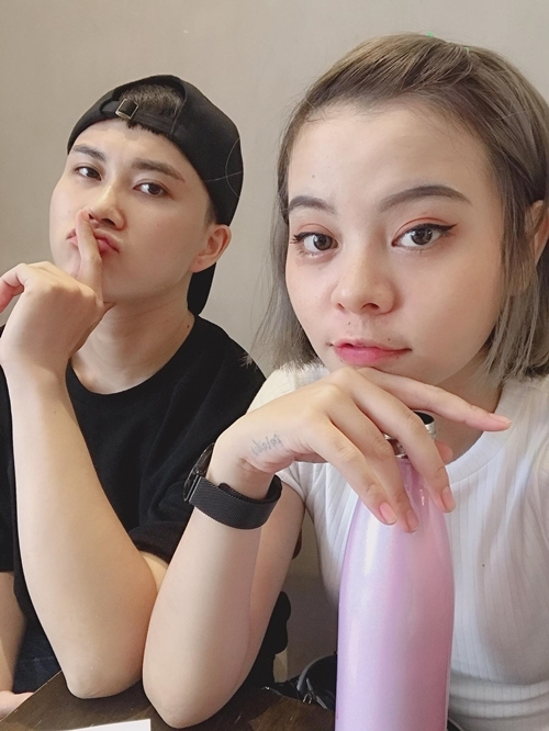 Lê Thiện Hiếu và bạn gái Tia Hải Châu.