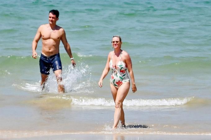 Katy Perry và Orlando Bloom đi nghỉ ở đảo Ile de Re, Pháp vào đầu tuần này ngay sau khi nữ ca sĩ quay xong video ca nhạc mới ở Hawaii.